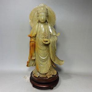 清代青田石雕刻托塔佛像