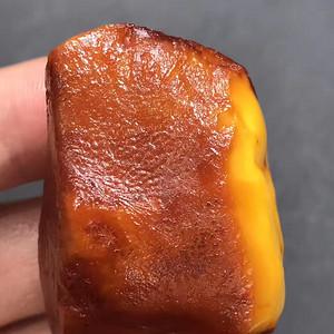纯天然鸡油黄蜜蜡原石  支持复检