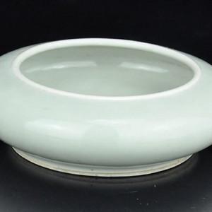 【季度大拍】清代中期梅子青釉水盂