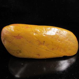 收藏精品-老挝田黄原石大籽料2527 重309克 闲章型