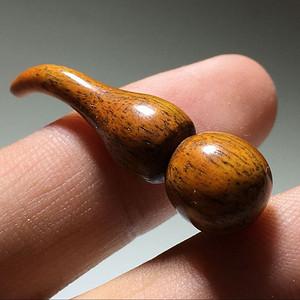 民国 烟袋挂 骨质 葫芦 手工打磨 形状圆润 包浆厉害