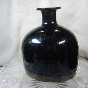 宋代黑釉马蹄尊瓶