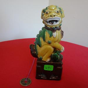 491 ?1023 民国素三彩狮子瓷塑 CHINA款