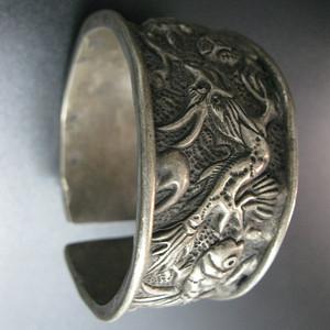 动物纹饰足银手镯