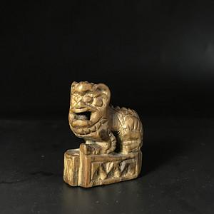 精巧好玩 清代老黄杨木雕小狮子一只