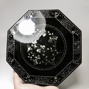 民国精品漆器 黑大漆镶嵌天然螺钿八角盒