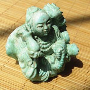 创汇时期手工雕刻原矿 高瓷高蓝松石 观音摆件
