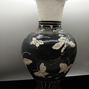 磁州窑蝴蝶纹瓶