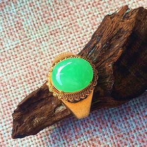 天然阳绿翡翠戒指配送证书