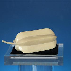珍贵材质 115.18g雕刻杨桃状水果摆件