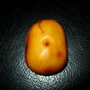 原矿老蜜蜡饼子