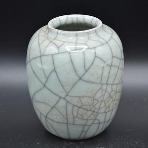 清中期哥釉水盂