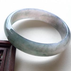 A货翡翠冰种飘花手镯51.46g