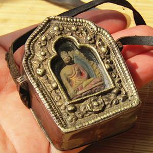 藏传 老铜打造 乌拉盒带叉叉 佛