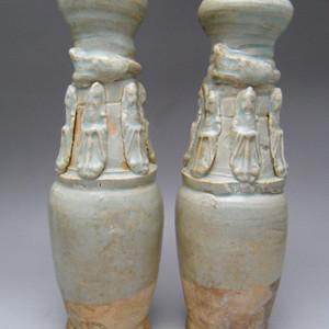 133.宋代 湖田窑堆塑人物龙纹瓶