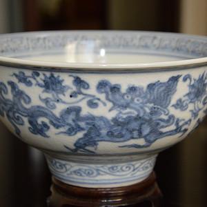明成化青花龙纹瓷碗