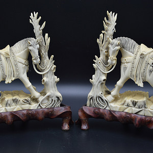 民国珍贵材质骏马雕件