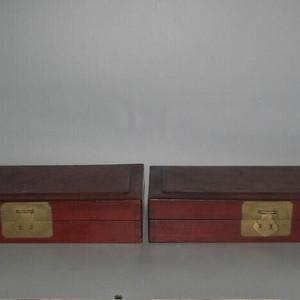 原装一对榉木拜贴盒子