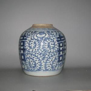 清中期青花细莲子罐