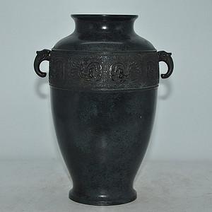 日本铸铜双耳花瓶