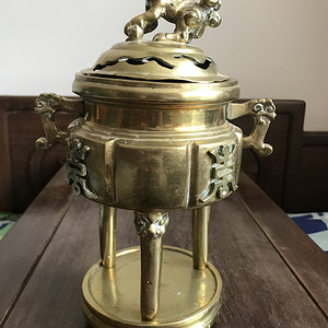 清末民国三足铜香炉