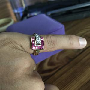 法国奢侈大牌Guy Laroche姬龙雪 18k镶嵌红宝石钻石戒指