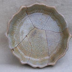 金牌 哥窑青瓷花口洗