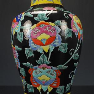 清中期日本 墨地粉彩 锦鸡图 花鸟纹  观音瓶