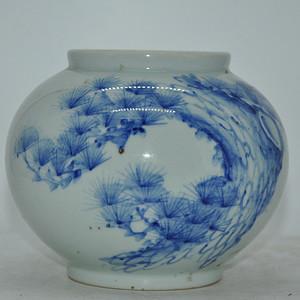 湖岩款青花瓷罐