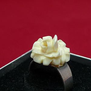 Erbach雕花珍贵材质戒指