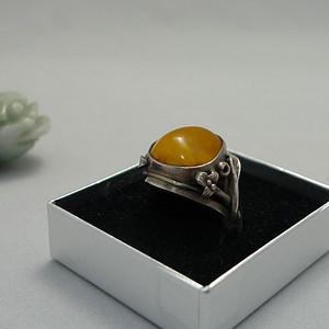 银镶天然蜜蜡戒指 百年传承