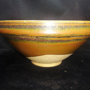 金牌酱釉碗