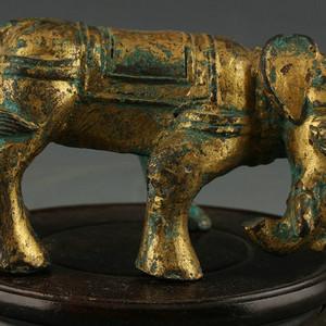 器铜鎏金象摆件