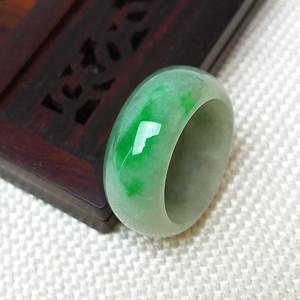 缅甸老坑A货翡翠冰种带阳绿戒指