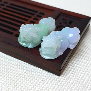缅甸老坑A货翡翠冰润带绿貔貅挂件