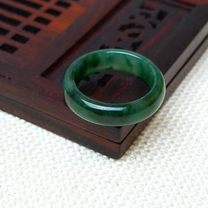 缅甸老坑A货翡翠冰种辣绿戒指