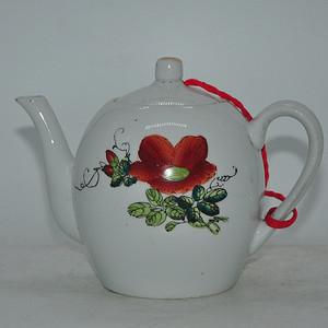 1976年礼陵力生瓷厂茶壶