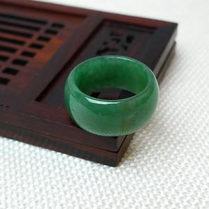 缅甸老坑A货翡翠冰种满绿精美戒指