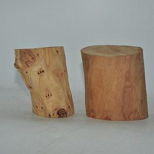 檀香木两块