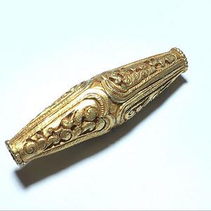联盟 银鎏金 浮雕 錾刻 缠枝花卉纹勒子 手工雕刻