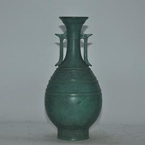 几十年的精美铜花瓶