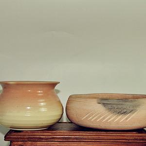 日本茶道陶瓷器皿两件