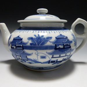 678厂货青花山水茶壶