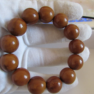 圆珠橄榄手串