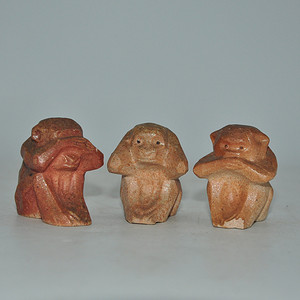 三不猴小瓷塑一组