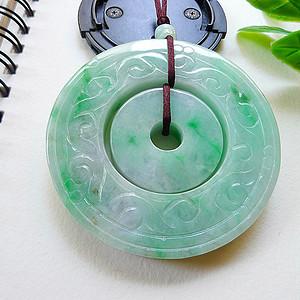 自然光实拍!天然A货好种阳绿平安玉扣