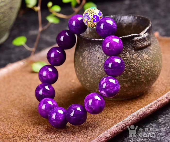 老料舒俱来圆珠手链搭配年年有余铐蓝,皇家紫!色泽油润,光泽度强!苏纪石图4