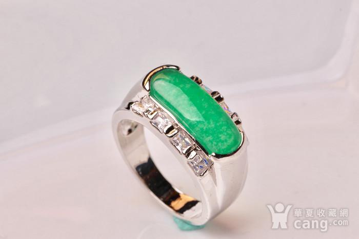 925银款厚金工艺镶嵌戒指帝王绿色,满色辣绿,工艺精湛,佩戴尽显您的高图2