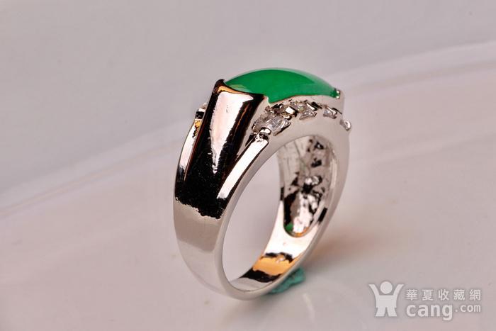 925银款厚金工艺镶嵌戒指帝王绿色,满色辣绿,工艺精湛,佩戴尽显您的高图4