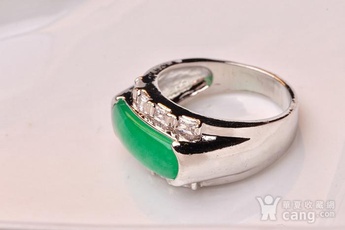 925银款厚金工艺镶嵌戒指帝王绿色,满色辣绿,工艺精湛,佩戴尽显您的高图6